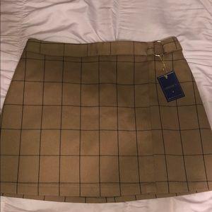 Forever 21 never worn mini skirt